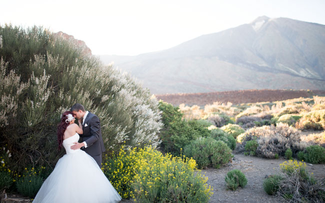 photographer after wedding photo session spain canary island