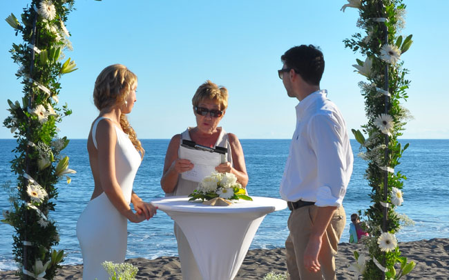 best wedding photos taken by our professional photographer in Tenerife